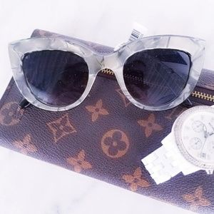Accessories - #787 NWT Marble Grey Black Cats Sunglasses